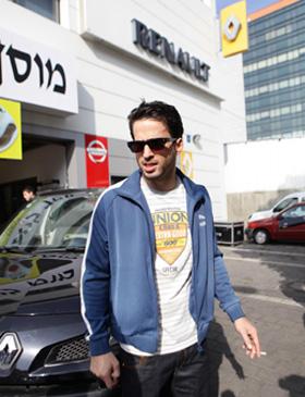 נהג מונית הכסף מקמפיין. צילום: יניב סופר.