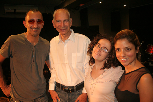 שירי מימון ושמעון בוסקילה במופע התרמה לעמותת אקים. צילום: אבי מספין, אקים