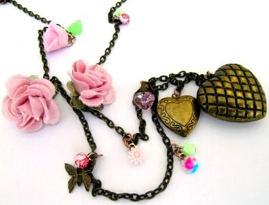 מתנות רומנטיות לחג האהבה - נעמה ברוש לבוטיק המעצבים בדיזנגוף סנטר
