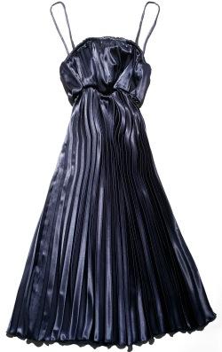 כך תהיי כוכבת הערב - שמלת פליסה, רן צוריאל מבוטיק המעצבים בדיזנגוף סנטר