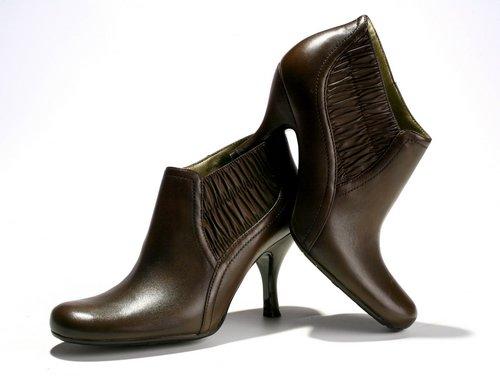 מגפיים - קנת קול