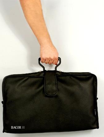 חליפות בנסיעות - BAGIR SuitCare