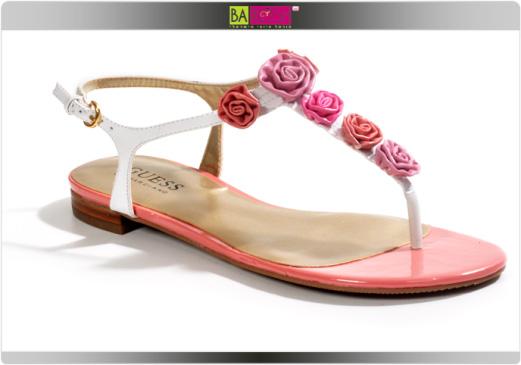 נעליים פרחוניות 2009 - גס GUESS
