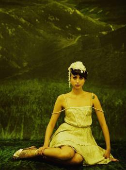 קאלה - קולקציית קיץ 2010 בהשראת ציורי פיצ'חדזה