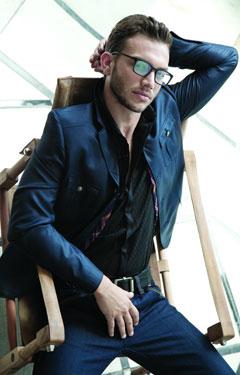 מותג האופנה רנואר מציג את קולקציית סתיו חורף 2010-11