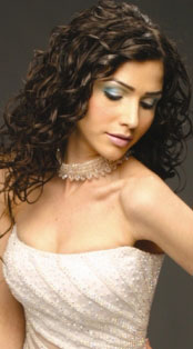 אמיליו אבשלום - עיצוב גבות ושיער
