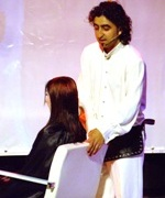 מוטיה רובין על הבמה