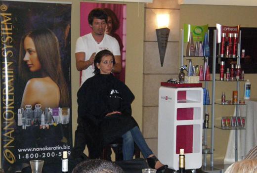 יגאל גוט מרשת מספרות HEADS - בסמינר עיצוב שיער EUGENE PERMA