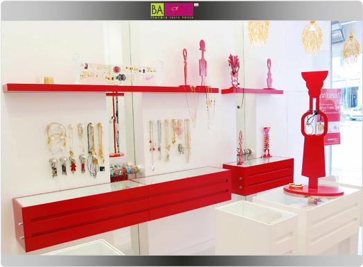מעצבות תכשיטים - אדום