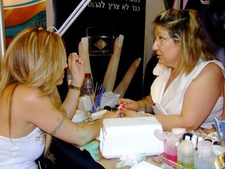 """אורלית אוקוביץ' מנכ""""ל חברת ביוסקלפצ'ר. צילום: פורטל היופי הישראלי-בראש."""