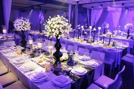 ערב סגול עמוק - אטרקציות לחתונות - התבלינים האמיתיים של החתונה שלכם