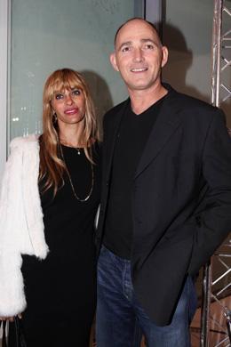 """ד""""ר דב קליין ואשתו - אינפיניטי של סלבס. צילום: איציק בירן."""