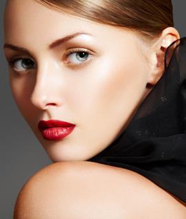 מראה איפור Amazing Glam - CHIC סתיו חורף 2010-11