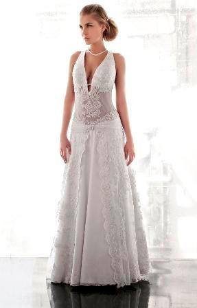 שלומי יקיר - עיצוב שמלות כלה
