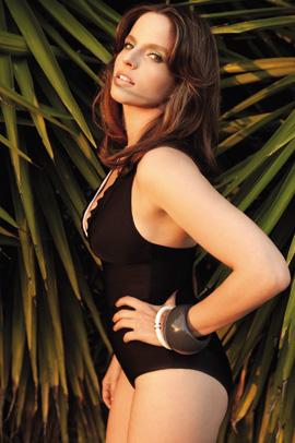 בגדי ים קיץ 2011 - ml. צילום: יניב אדרי.