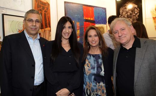 יאיר סרוסי, שרי אריסון, אפרת פלד, ציון קינן - תערוכת אומנות ישראלית למען המאבק באיידס. צילום: סיון פרג'.