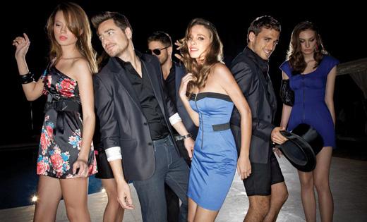רנואר - קולקציית שמלות PROM קיץ 2010