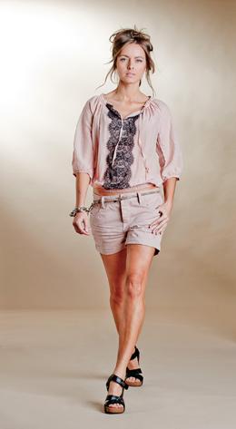 קולקציית  SACK'S- קולקציית אופנה קיץ 2011. צילום: קובי מהגר.
