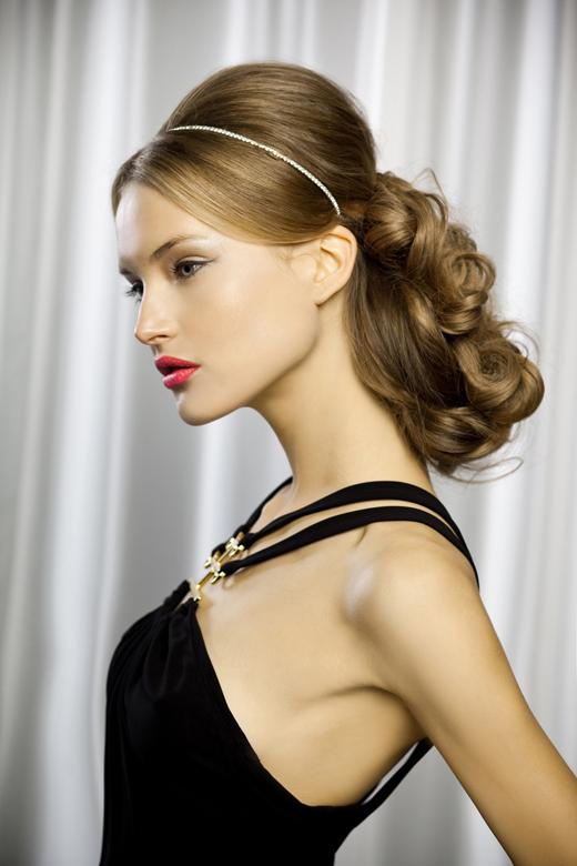 מראות שיער אומנותיים ב'שוורצקופף פרופשיונל'. צילום: אילן שפרנסקי