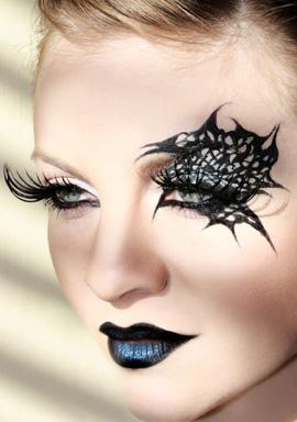 מראה איפור אשת העכביש. איפור: אלכסנדרה ויינר קלמפנר לרוית אסף.