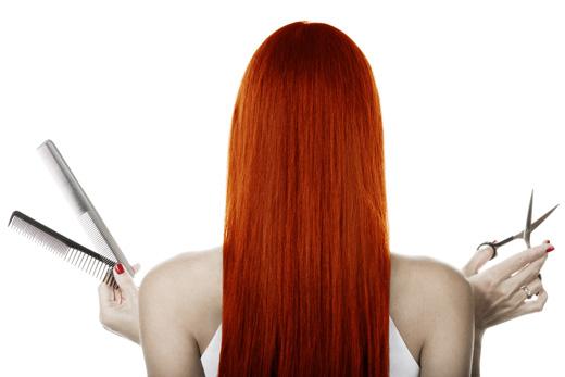 התחילי לייבש את קבוצות השיער התחתונות באמצעות המייבש תוך כדי שאת מברישה אותו והקפידי להשאיר את המייבש בתנועה .