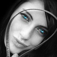 צבע העיניים והאיפור המתאים לו