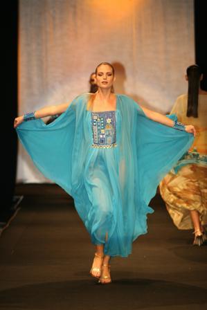 מעצבת בגדי ים ובגדי חוף האגדית