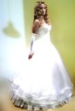 שמלת הכלה ועיצוב השיער