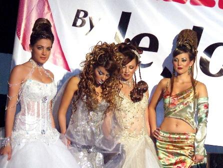 מון פלטין במופע השיער כולן מנצחות