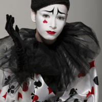 הליצן פיירו - מראה איפור איל מקיאג' פורים 2010