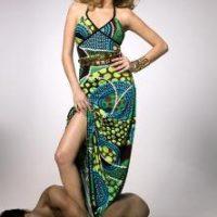 רותם סלע היא הפרזנטורית החדשה של רשת אופנה לצעירות-לוצ'י