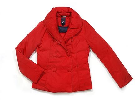 רשת האופנה נאוטיקה מעילים