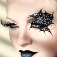 מראה איפור אשת העכביש