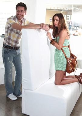 קעקוע, חופשה וצילומי קמפיין רנואר קיץ 2010
