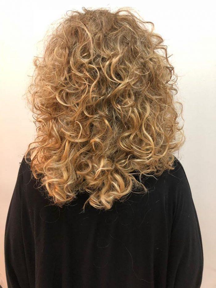 לפתוח שנה בראש חדש - רבקה זהבי -פאות ותוספות שיער איכותיות ברמת גן