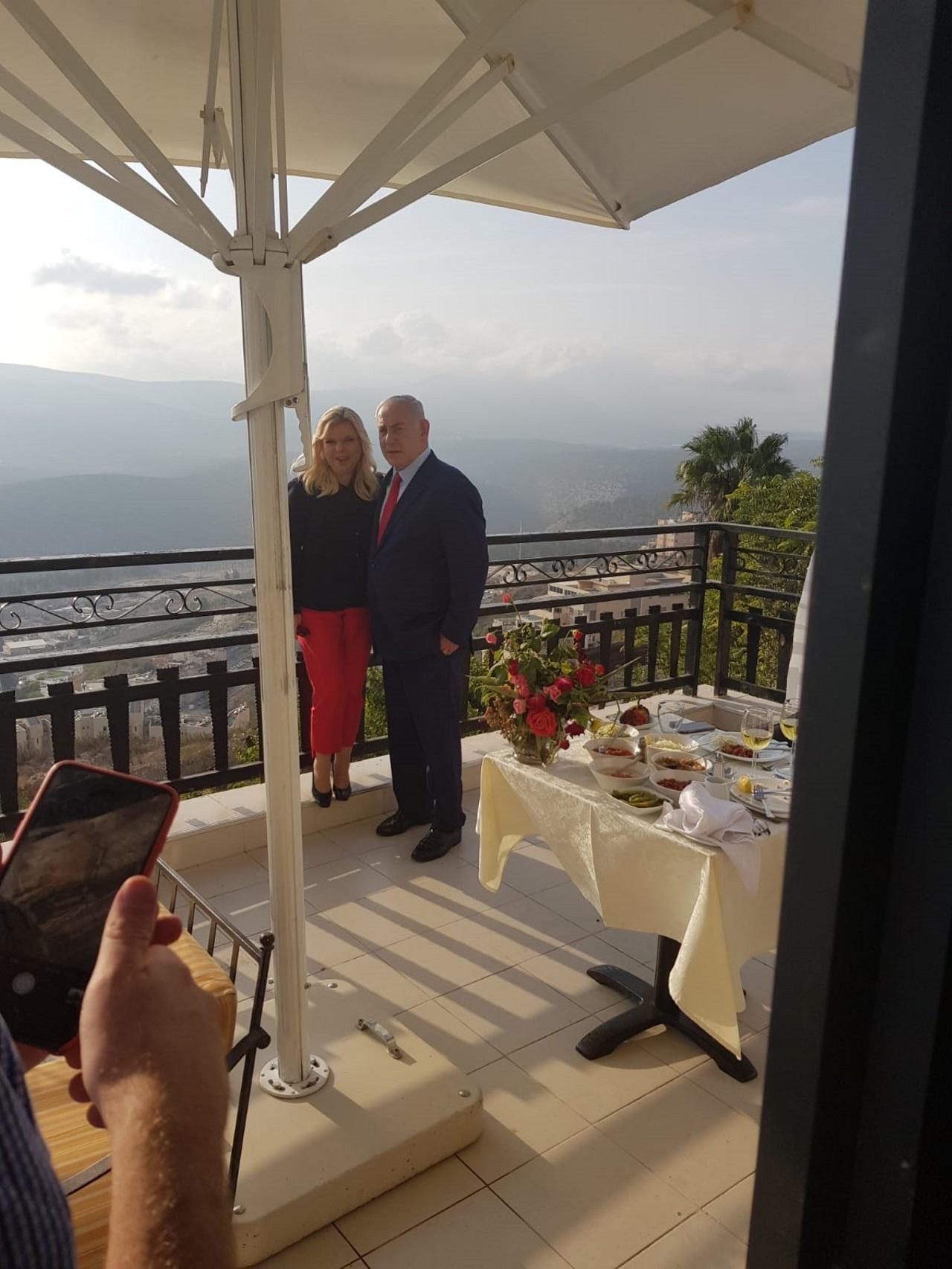 ראש הממשלה ורעייתו במלון רות רימונים צפת. צילום אסף לוי
