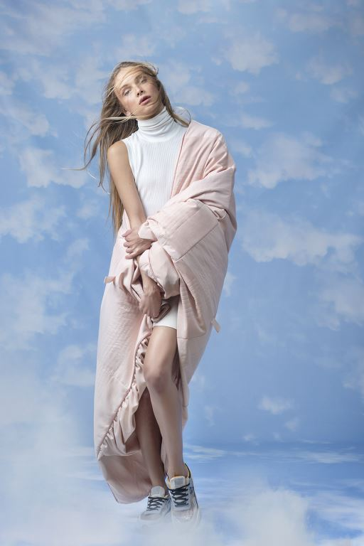 סתיו סטרשקו - שמיכה מחבקת. צילום מירי דוידוביץ