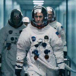 ראיין גוסלין עונד שעון אומגה מדגם ספידמאסטר בסרטו החדש FIRST MAN . צילום- יחצ חול