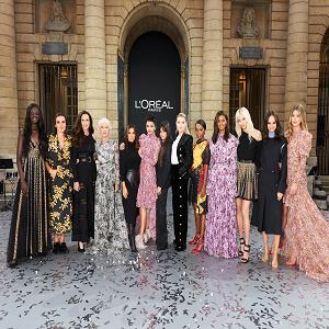 GIOVANNI GIANNONI דוברות לוריאל פריז בשבוע האופנה בתצוגה של לוריאל פריז צילום . (22)
