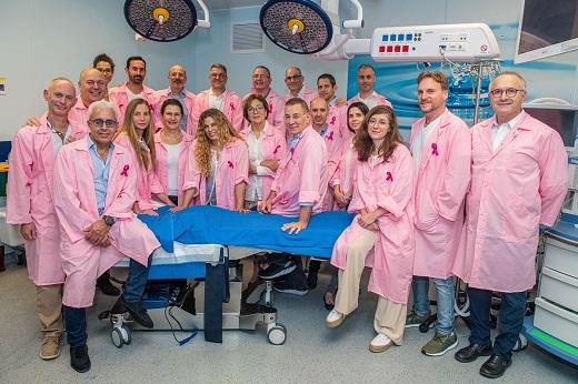המשחזרים בוורוד תמונה 3 - האיגוד לכירורגיה פלסטית בהסתדרות הרפואית צילום - ישראל הדרי, סגנון והפקה - נאוה עינבר