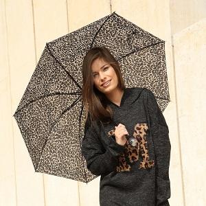 חייתי- מטרייה, 15.90 שח, להשיג ברשת SELECT ובאתר www.Select-Fashion.co.il, צלם דמיטרי גרין (2)