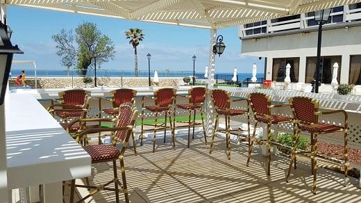 כך תבחרו כסאות בר - המומחים של עיצוב הכסא והבר מדריכים
