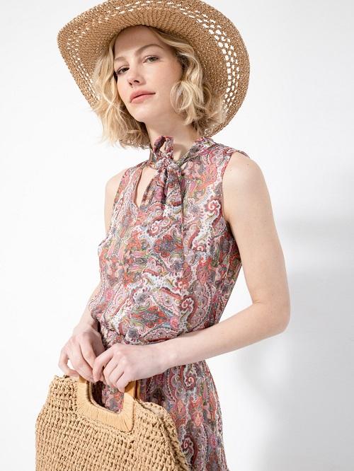 גולברי שמלה צילום עמיר צוק