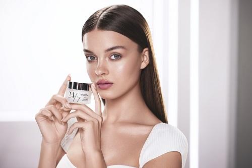 סדרת טיפוח חדשה לעור הפנים לנערות וצעירות